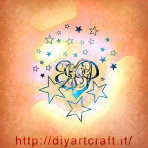 Il cuorigramma con maiuscole EP appare quasi misterioso tra le stelle che lo circondano.