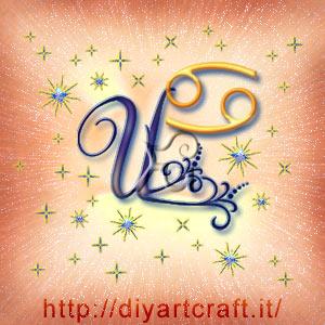 Segno zodiacale Cancro disegnato graficamente in abbinamento alla  maiuscola U attorniata da scintille