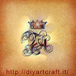 Corona regale su logo di famiglia TCA lettere corsive intrecciate.