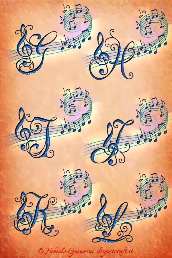 Alfabeto decorativo : 6 maiuscole corsive con chiave di violino e note musicali: G-H-I-J-K-L