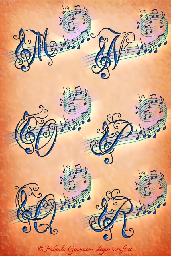 Lettere decorative M-N-O-P-Q-R  con chiave di violino su pentagramma: idea tattoo Alfabeto musicale.
