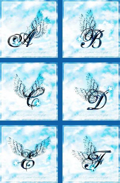 6 maiuscole decorative con ali stilizzate in cielo: A-B-C-D-E-F