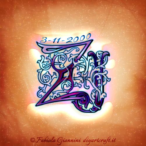 Stile antico per le maiuscole ZJ intrecciate e a colori tra un groviglio di rami stilizzati. Numeri di una data memorabile sono disegnati in alto lungo la linea orizzontale della lettera Z.